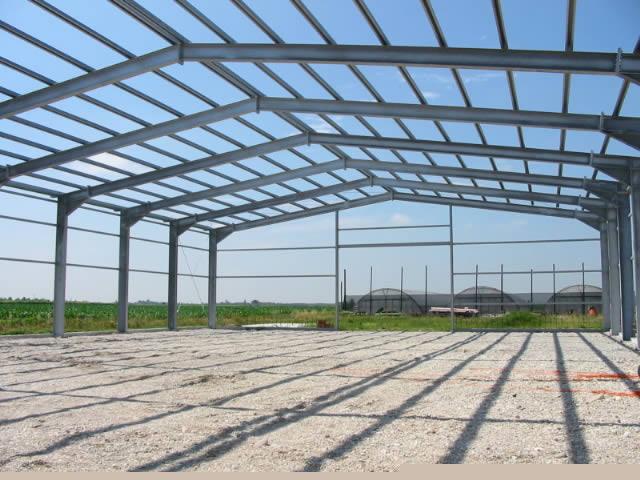 Capannoni agricoli in ferro 28 images capannoni for Capannone prefabbricato agricolo prezzi